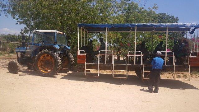 tractor trayecto a chale island kenia
