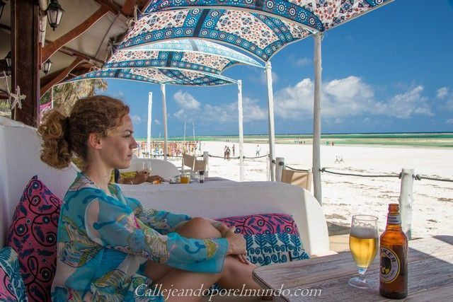 restaurante the sands at nomad diani beach mombasa kenia