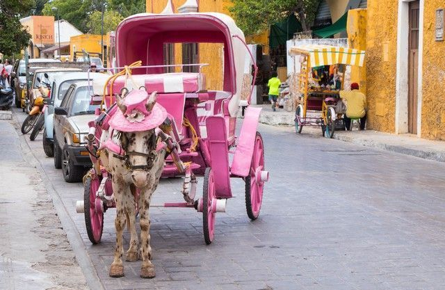 izamal pueblo magico yucatan mexico (1)
