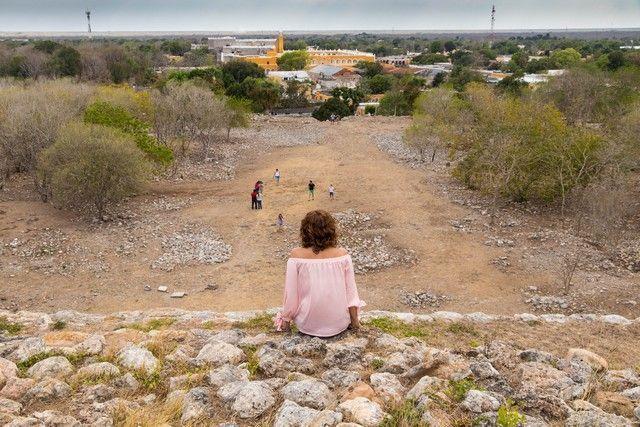 izamal pueblo magico yucatan mexico (8)