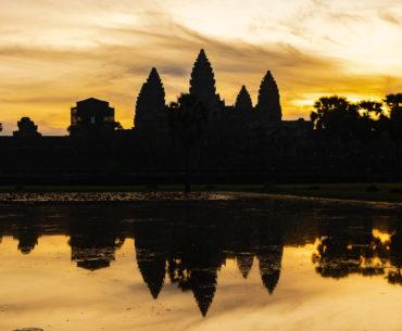 amanecer en Angkor Wat guia de los templos de angkor portada
