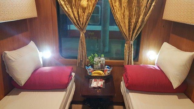 tren nocturno a sapa fanxipan express (2)