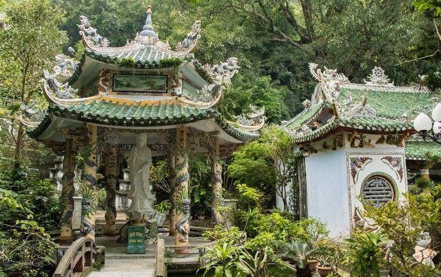 de hue a hoi an pasando por las montañas de marmol vietnam (2)