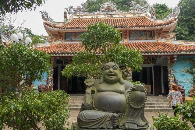 de hue a hoi an pasando por las montañas de marmol vietnam (9)
