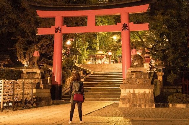 fushimi inari taisha de noche kioto (3)