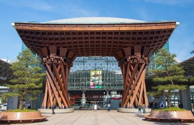 kanazawa en un día japon en hanami (1)
