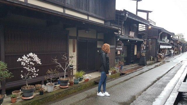 takayama bajo la lluvia alpes japoneses japon (4)
