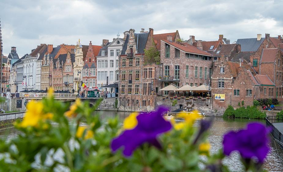 gante desde bruselas en el día (2)