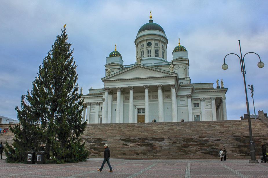 catedral-de-helsinki-en-navidad-2