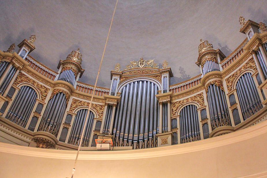 catedral-de-helsinki-en-navidad-3