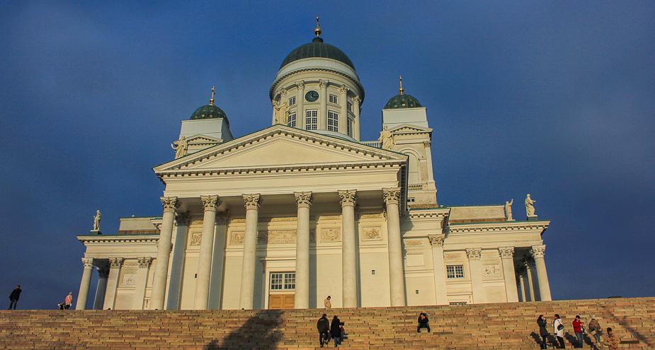 catedral-de-helsinki-en-navidad-5