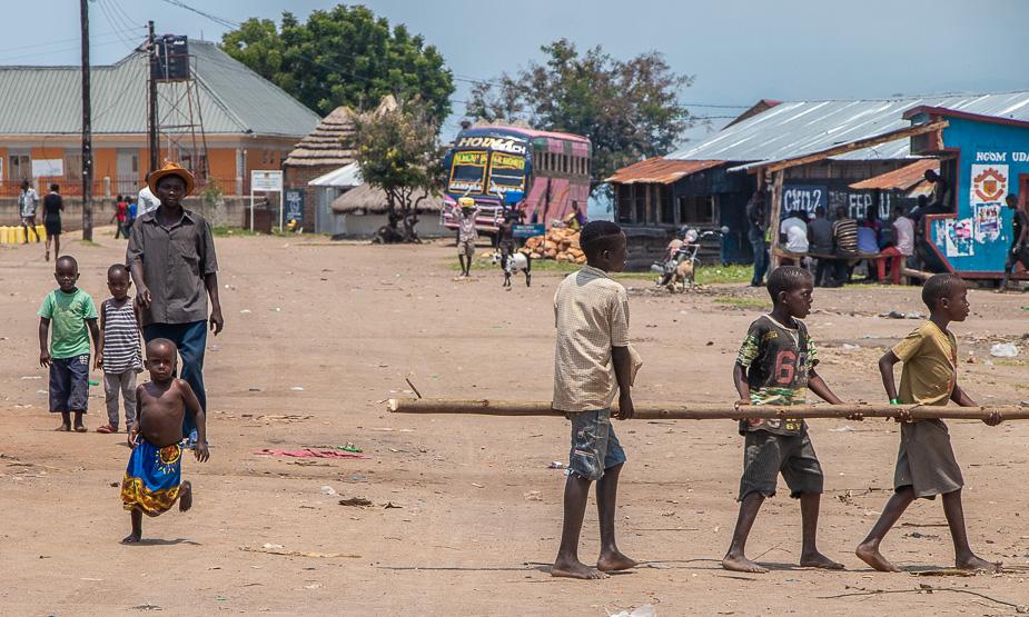 pueblos-de-uganda-34