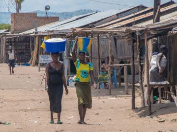 Por los pueblos de Uganda