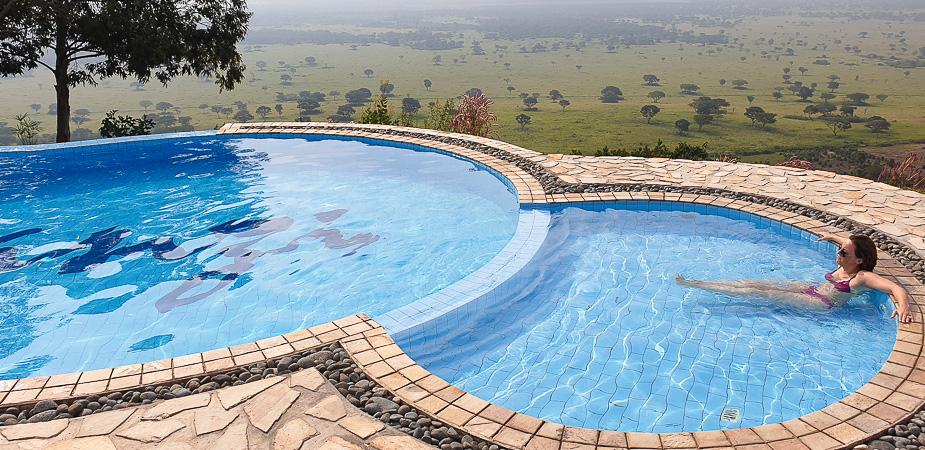 enganzi-lodge-uganda-piscina-2