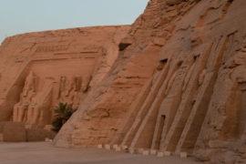 abu simbel templo de ramses ii portada
