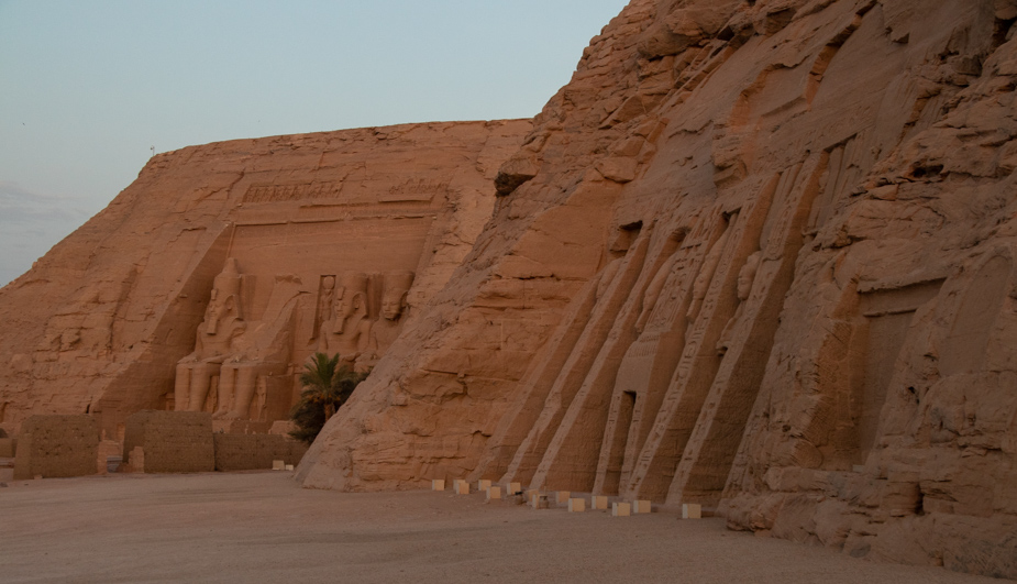 abu-simbel-templo-de-ramses-ii-y-nefertari-egipto-3