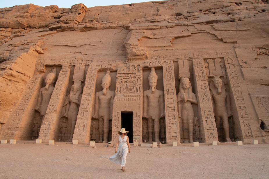 abu-simbel-templo-de-ramses-ii-y-nefertari-egipto-5