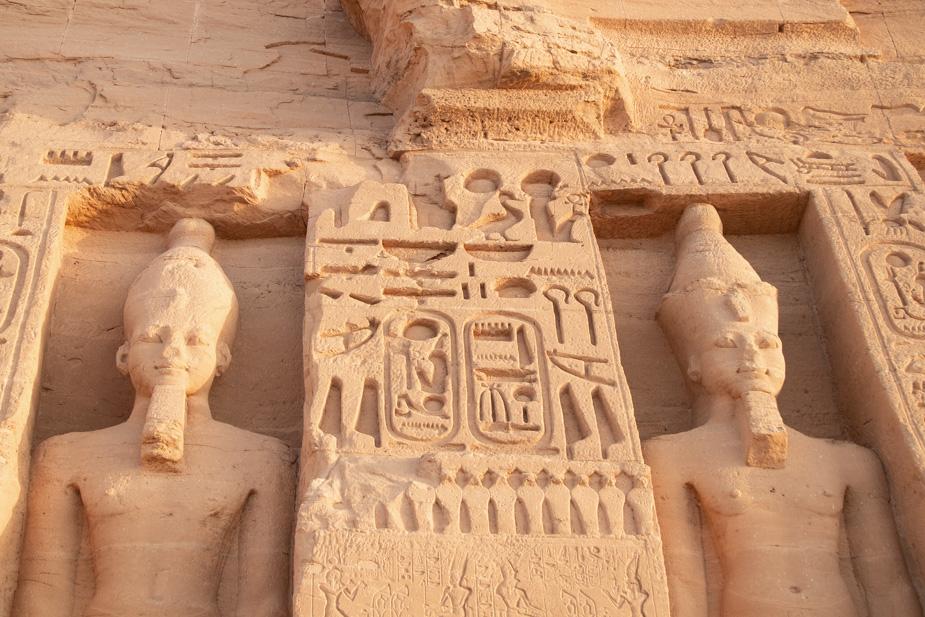 abu-simbel-templo-de-ramses-ii-y-nefertari-egipto-7