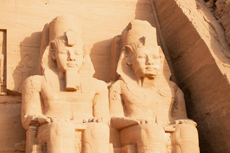abu-simbel-templo-de-ramses-ii-y-nefertari-egipto-8