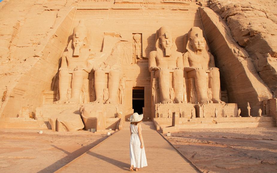 abu-simbel-templo-de-ramses-ii-y-nefertari-egipto-9