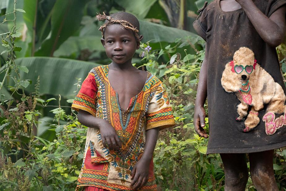acceso-a-parque-nacional-bosque-impenetrable-bwindi-uganda-4