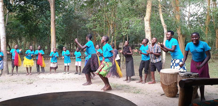 ishasha-jungle-lodge-uganda-ninos-2