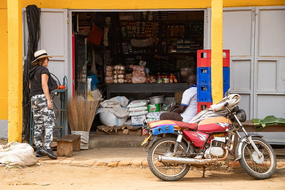 kihihi-uganda-camino-a-bwindi-12
