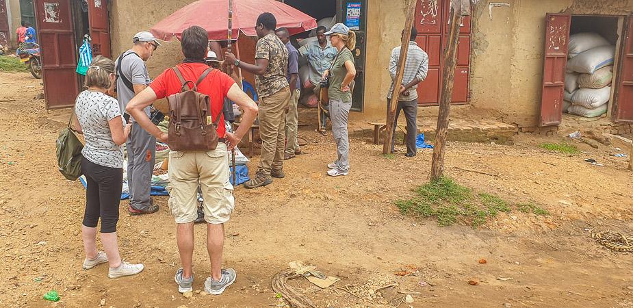 kihihi-uganda-camino-a-bwindi-27