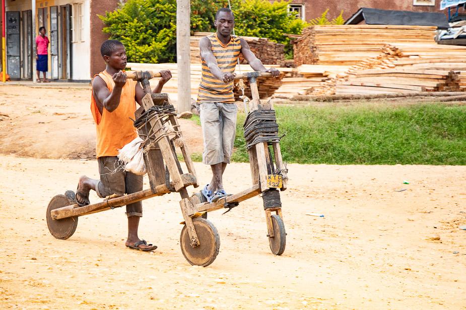 kihihi-uganda-camino-a-bwindi-8