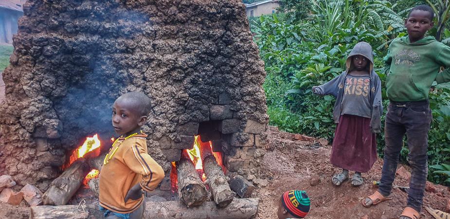 pueblo-del-bosque-impenetrable-bwindi-uganda-4