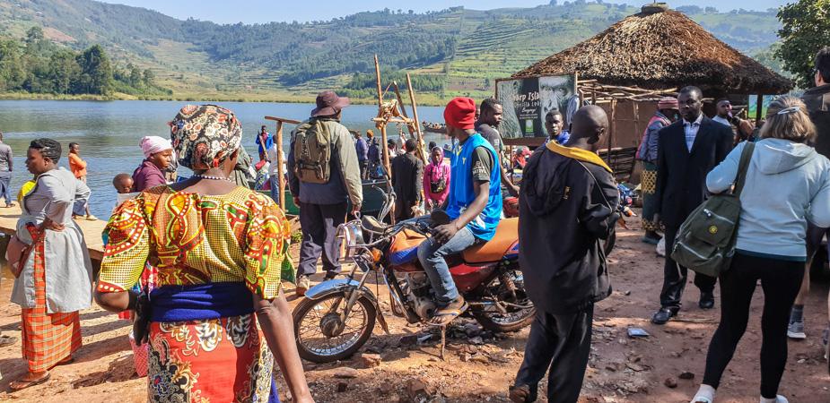 lago-bunyonyi-uganda-mercados-5