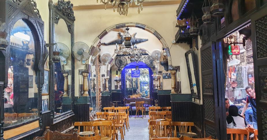 el-cafe-de-los-espejos-el-cairo-egipto-1