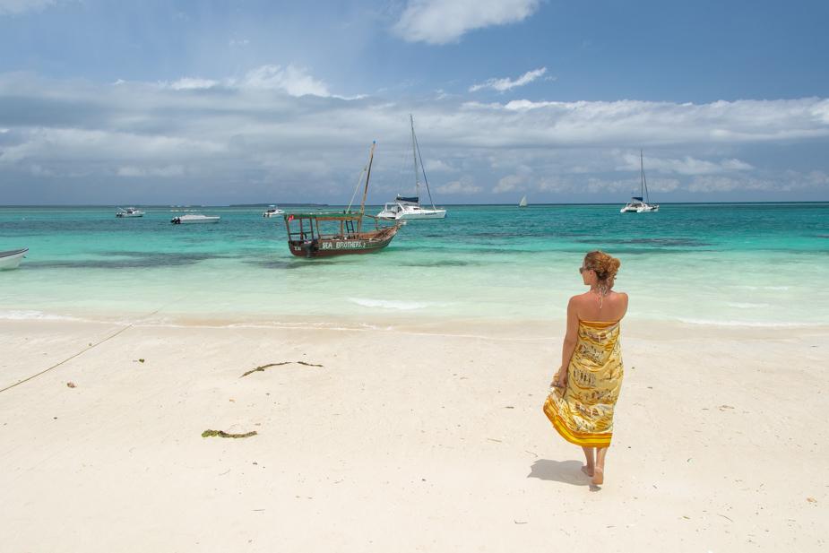 kendwa-beach-zanzibar-7