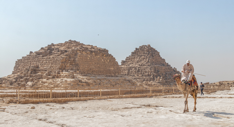 las-piramides-de-giza-egipto-5