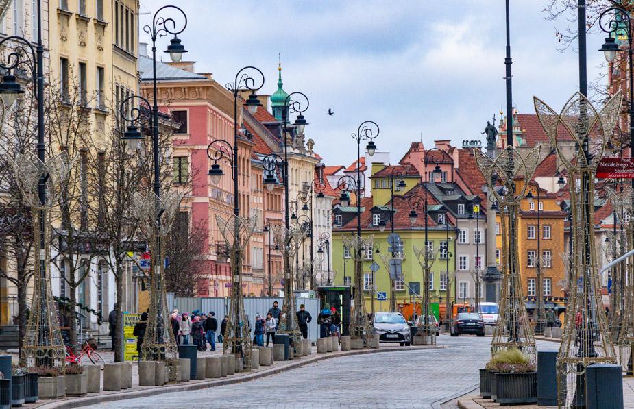 como-moverse-en-Polonia-varsovia-2