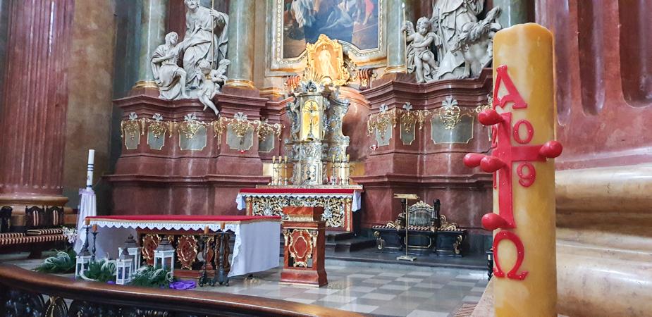iglesia-de-san-estanislao-poznan-en-navidad-2