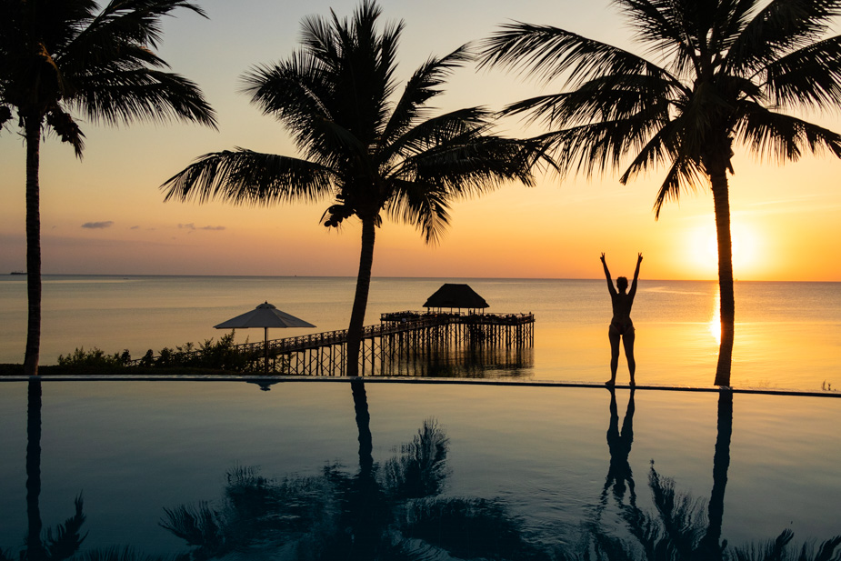 puesta-de-sol-sea-cliff-resort-zanzibar-1