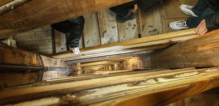 escaleras-de-bajada-mina-de-sal-wieliczka