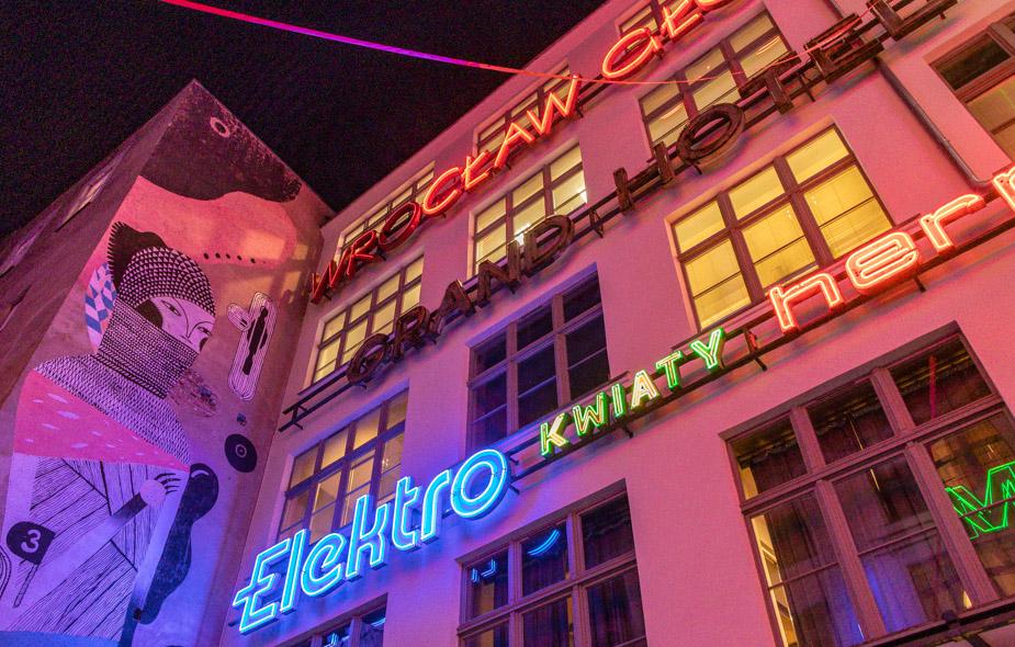 galeria-neon-side-de-breslavia-1