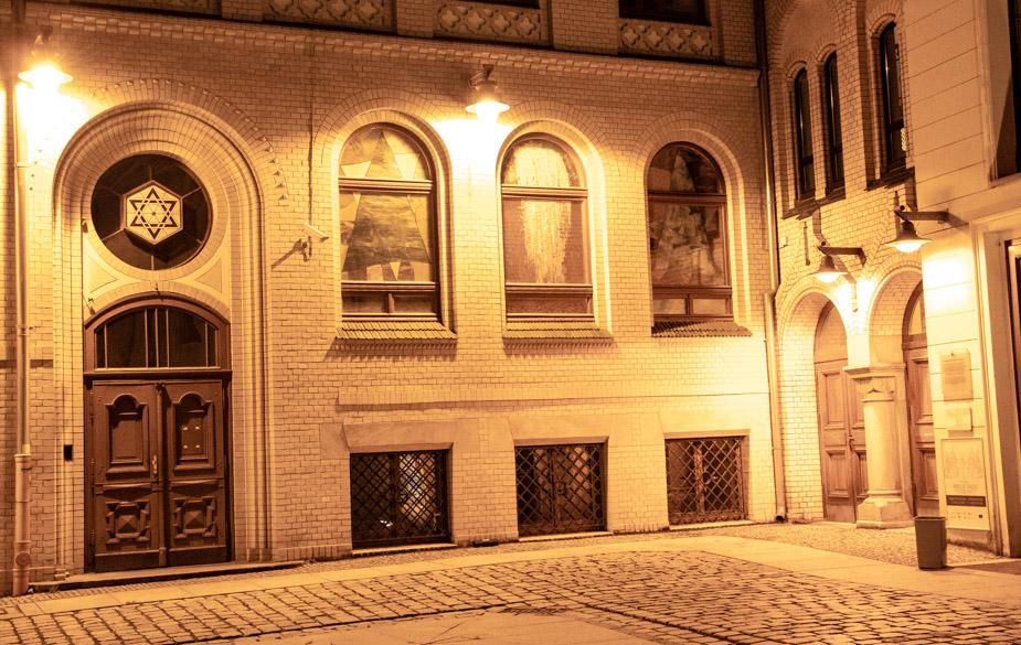 sinagoga-ciguena-blanca-breslavia-2
