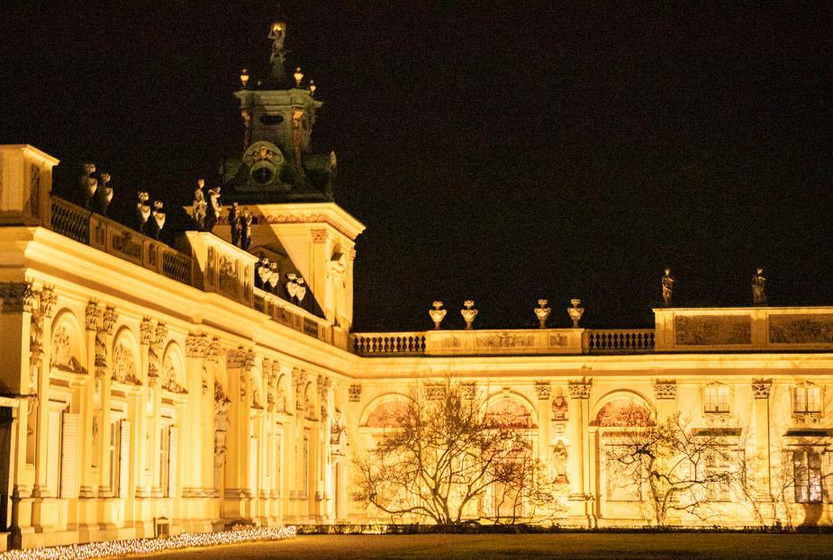 palacio-wilanow-en-navidad-jardin-de-luces-varsovia-4