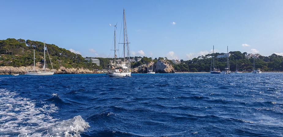 calas-del-sur-de-menorca-en-barco-3